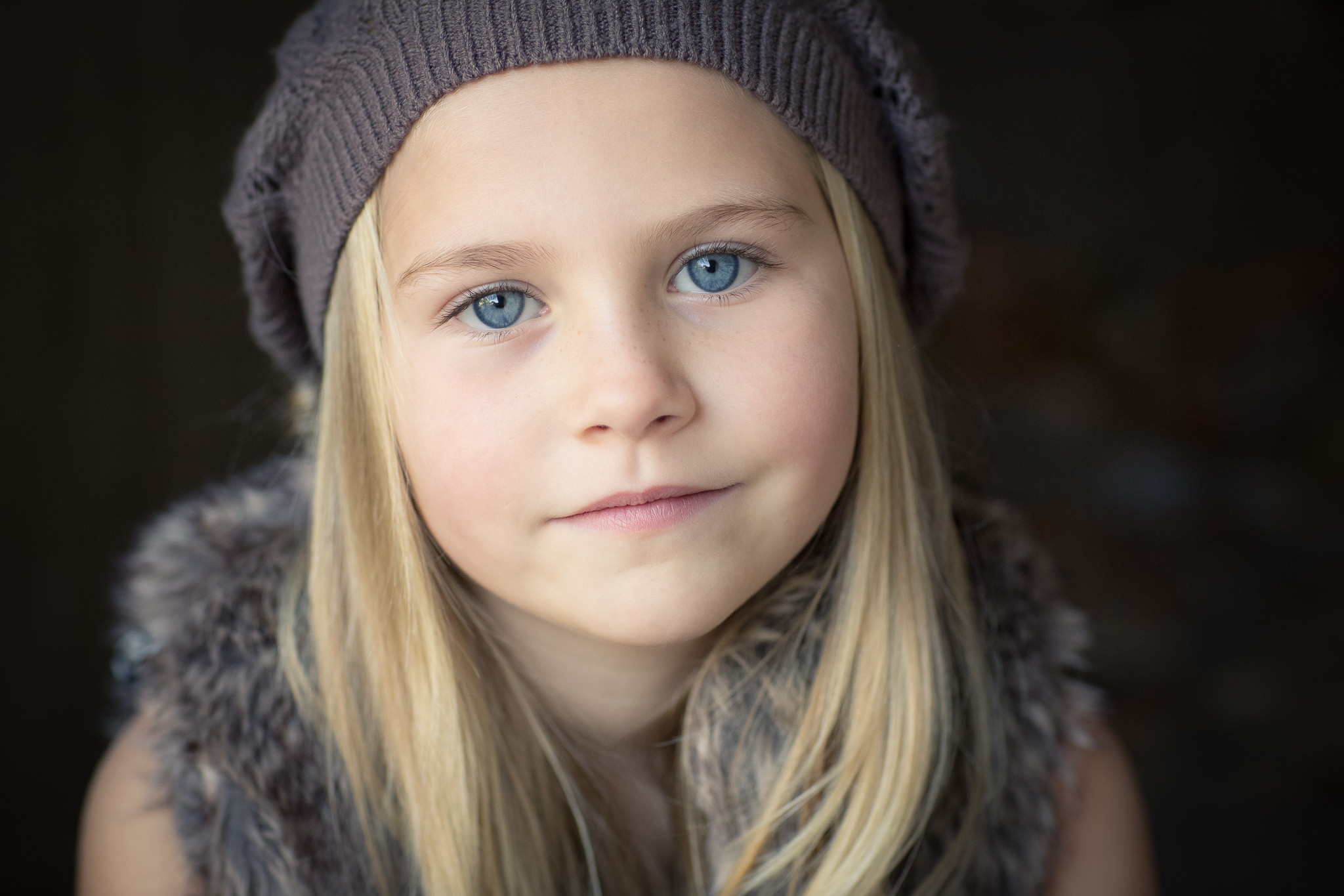 Bold-Simple-Children-Portraits-Berkshire