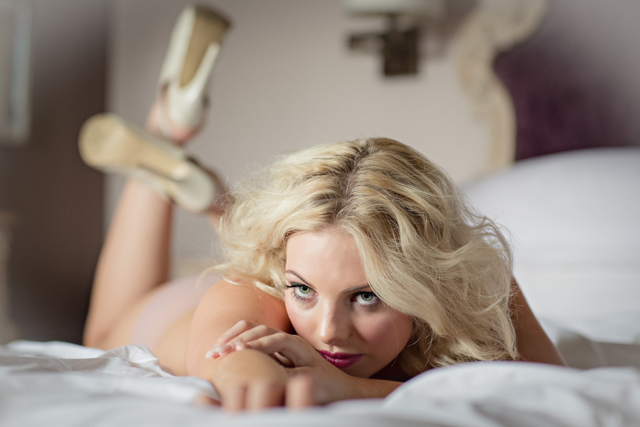 Boudoir-Photography-As-A-Gift-For-The-Groom