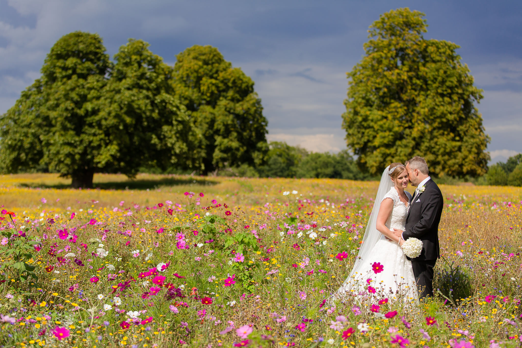 Bijou-Recommended-Wedding-Photographer-Silchester-House