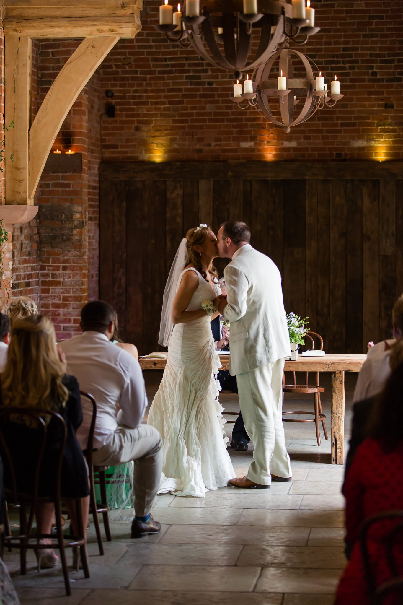 Relaxed-wedding-photographer-Berkshire
