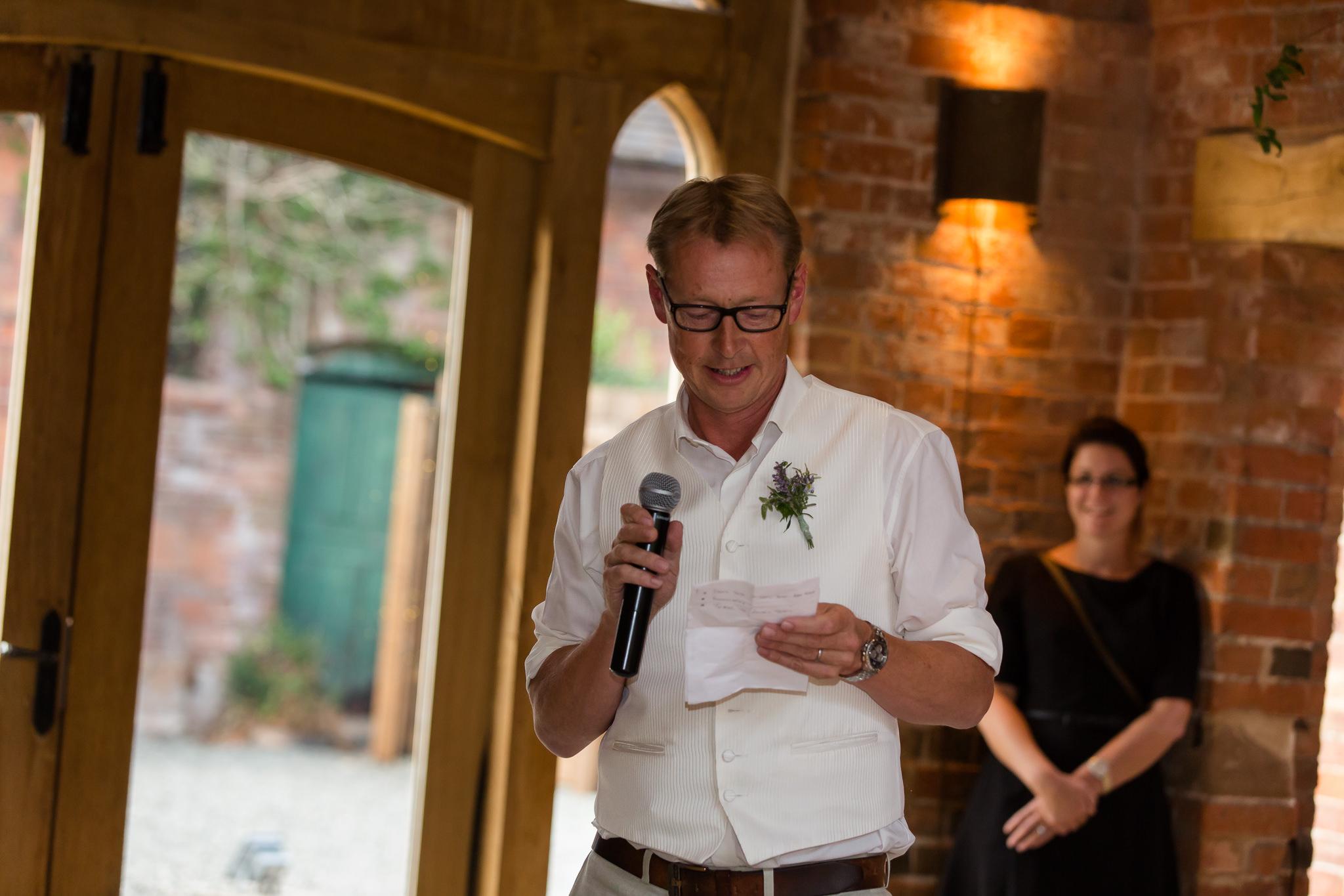 Wedding-photographer-in-Berkshire