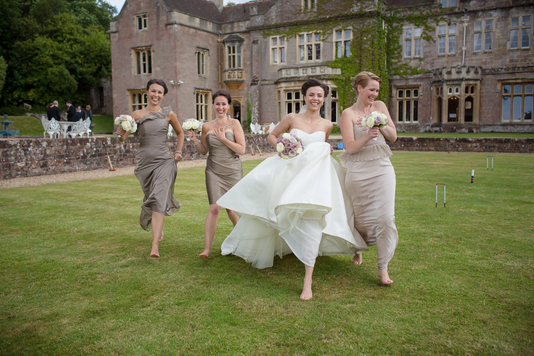 Relaxed-wedding-photography-in-hampshire